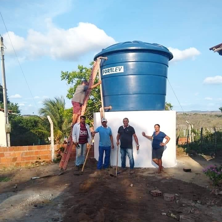 Abastecimento de água em café do vento